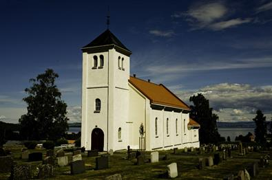 Totenviken church