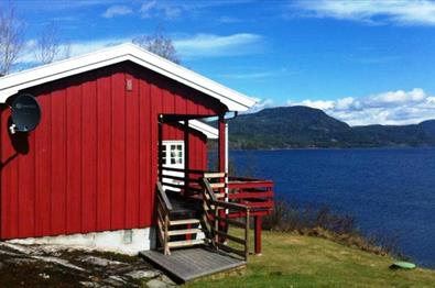 Halsteinsplassen - Fishing cabin by Lake Krøderfjorden