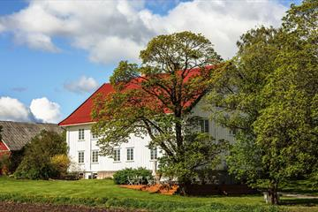 Kvarstad Farm - Accommodation in Brumunddal