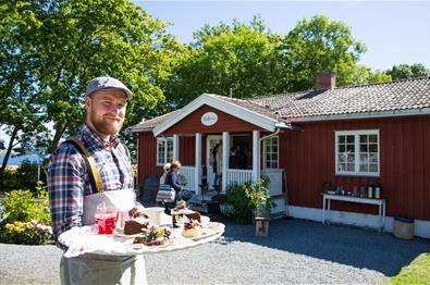 Skafferiet restaurant and cafe on Helgøya